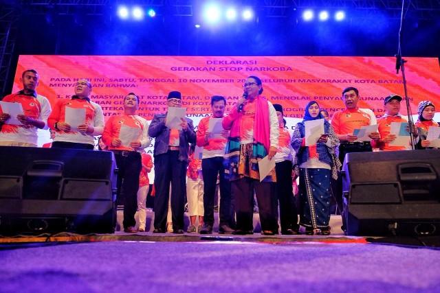 5000 Perempuan Batam Peringati Hari Pahlawan–Batam Untuk Indonesia