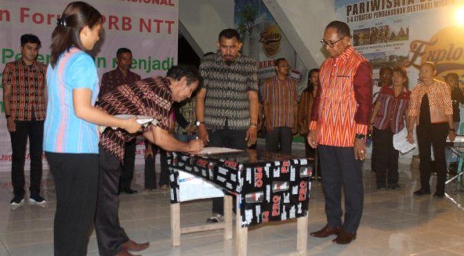 Lantik Forum PRB NTT, Wagub Josef Minta Perbanyak Lakukan Mitigasi Bencana