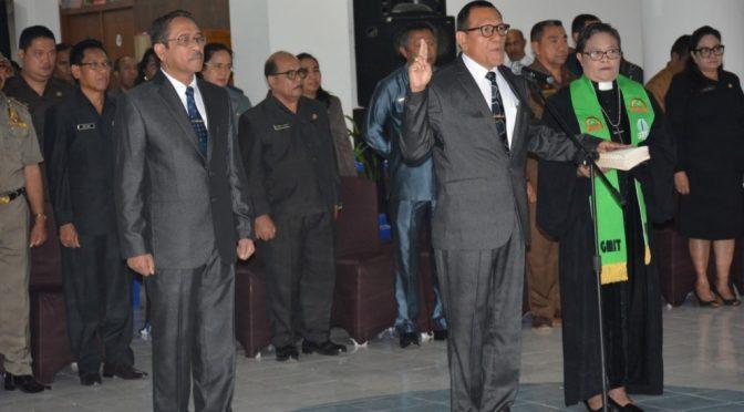 Wakil Wali Kota Lantik Elvianus Wairata Jadi Penjabat Sekda Kota Kupang