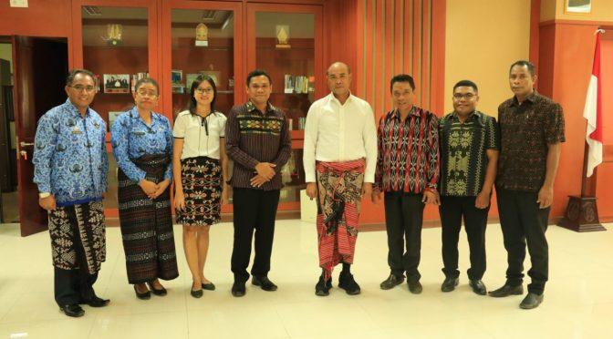 Tatap Muka dengan STIKom Uyelindo, Gubernur Viktor Ajak Kolaborasi