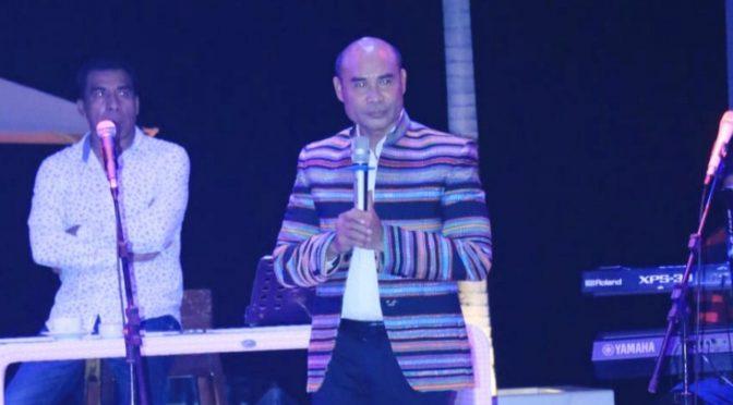 Gubernur Viktor Ajak Masyarakat Sumba Timur Bergerak Maju Bangun NTT