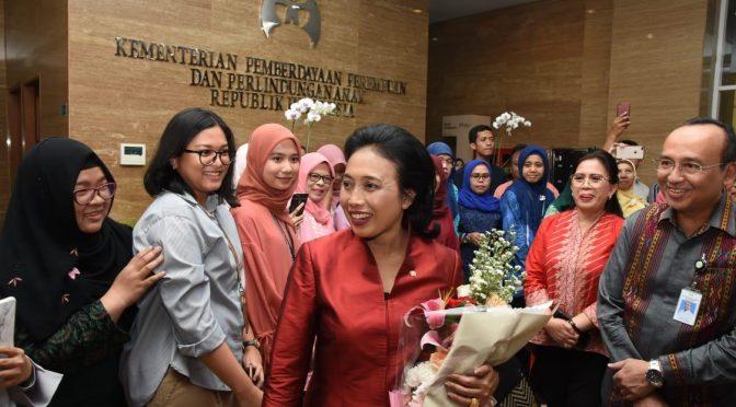 Menteri Bintang Puspayoga Pimpin Rapat Perdana di Kementerian PPPA
