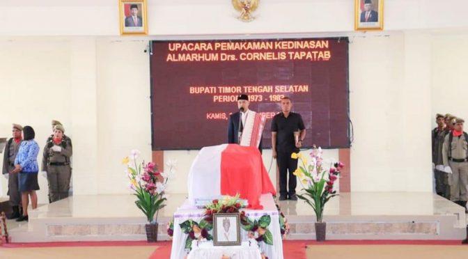 Penghormatan Terakhir untuk Alm. Cornelis Tapatab, Gubernur Viktor Jadi Irup