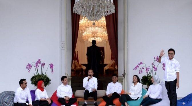 Presiden Jokowi Tunjuk 7 Staf Khusus dari Kaum Milenial