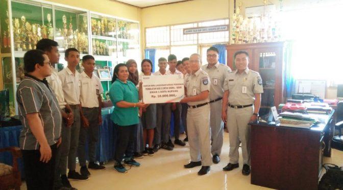Siswa SMAN 1 & Dinas Perhubungan Kota Kupang Gapai Bantuan Jasa Raharja