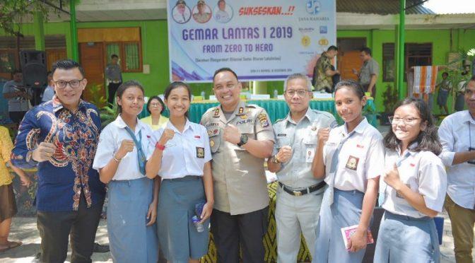 Jasa Raharja Ajak Pelajar SMAN 4 Kupang Sadar Aturan Berlalu Lintas