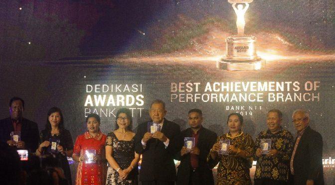 'Dedikasi Awards & Gerakan Patuh Bank NTT 2019'—Apresiasi Loyalitas Nasabah, Cabang & Pegawai
