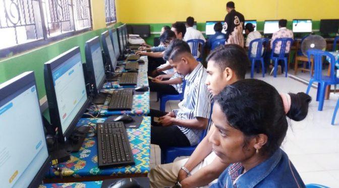 716 Warga Belajar Pendidikan Kesetaraan Paket C di Kupang Ikut Simulasi UNBK