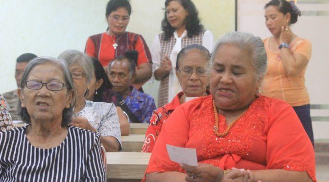 Lansia Jemaat GMIT Bait El Kampung Baru Penfui Hidup Penuh Berkat & Bernilai