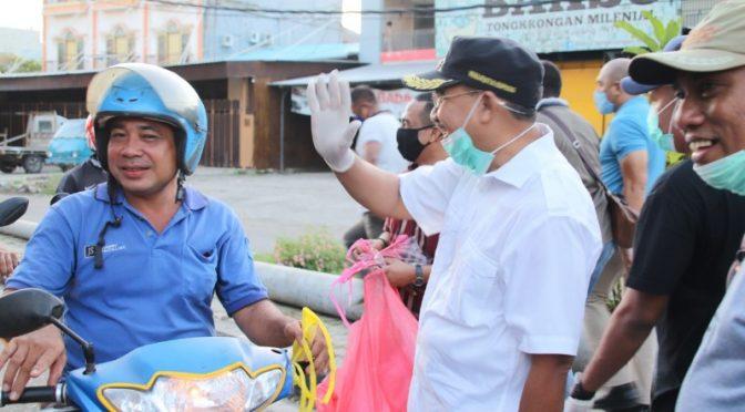 Sebar 150 Ribu Masker Gratis, Wali Kota Kupang Ajak Warga Perangi Covid-19