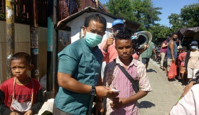 Keluarga Bima Dompu & JNE Kupang Sedekah 1.000 Masker Cegah Covid-19