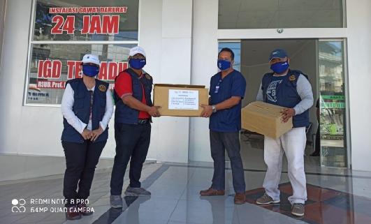 Rotary Club Kupang Central Donasi APD bagi 10 Rumah Sakit di Provinsi NTT