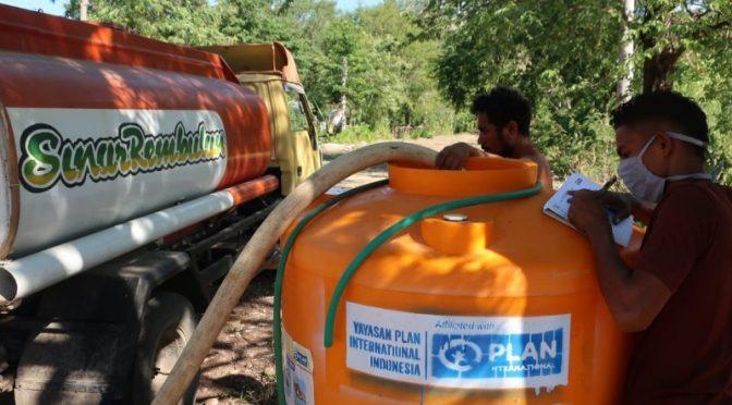 Cegah Covid-19, Plan Indonesia Distribusi 6 Juta Liter Air Bersih di Nagekeo