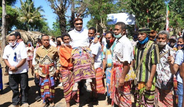 Panen Padi Ciherang di Takari, VBL : Jangan Lelah Membangun Nusa Tenggara Timur