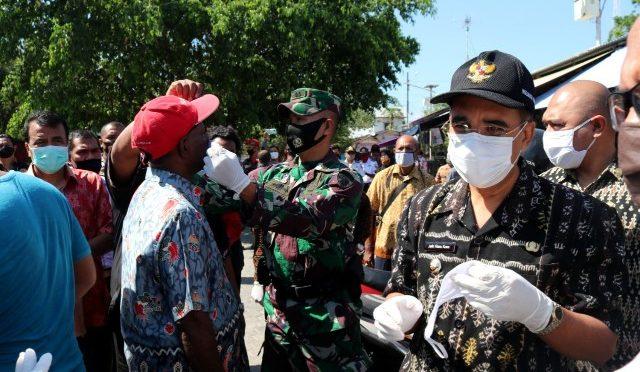 """""""Ayo Pakai Masker"""" Operasi Gabungan Pemkot Kupang dan Polres Kupang Kota"""