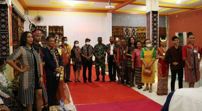"""""""Awal dan Kini"""" Rumah Tenun & Cafe Ina Ndao Diresmikan Wali Kota Kupang"""